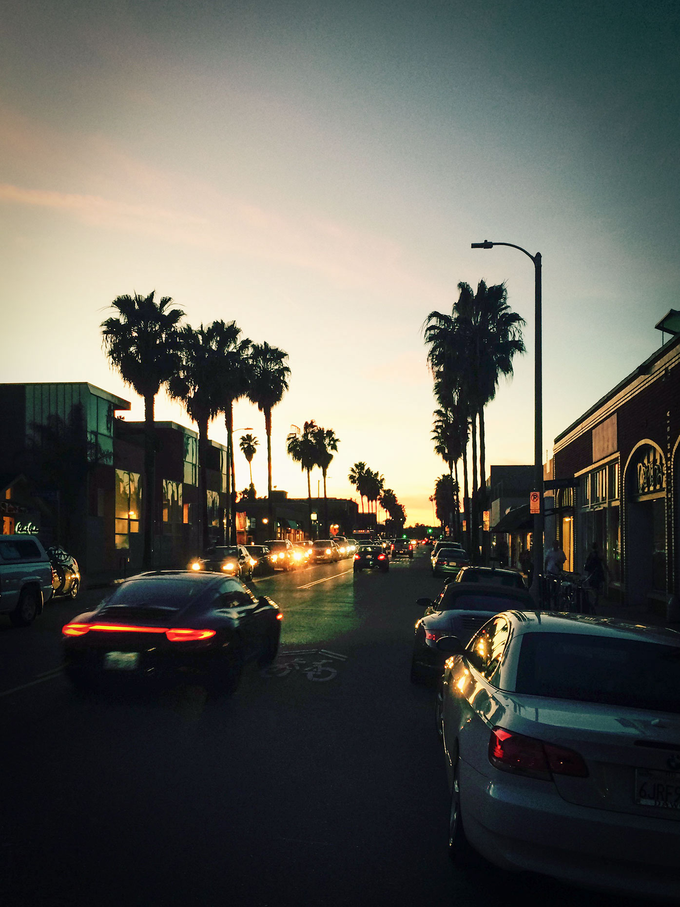 Abbott_Kinney_Sunset-Edit